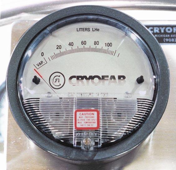 differential pressure level gauge for liquid helium dewar